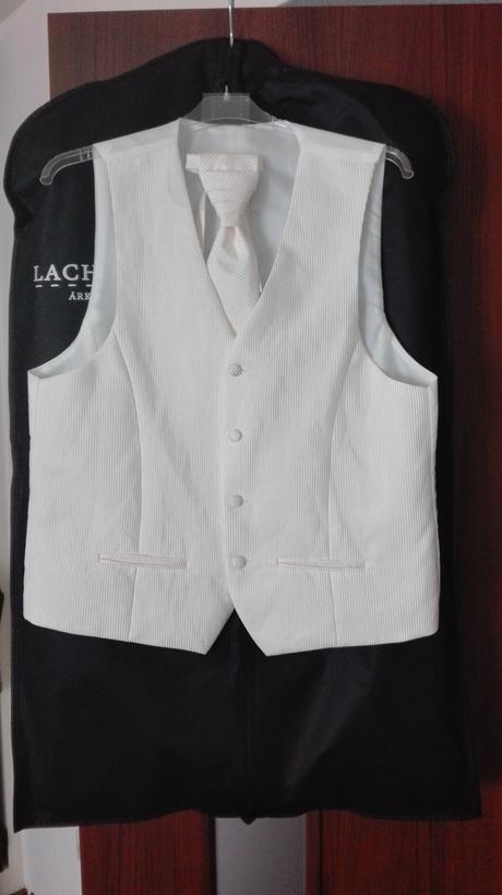 vesta + kravata, 50