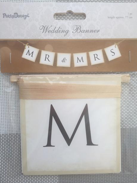 Svatební girlanda Mr. & Mrs.,