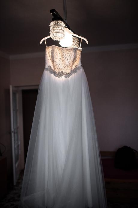Tylové svatební šaty, vel. 40 , 42