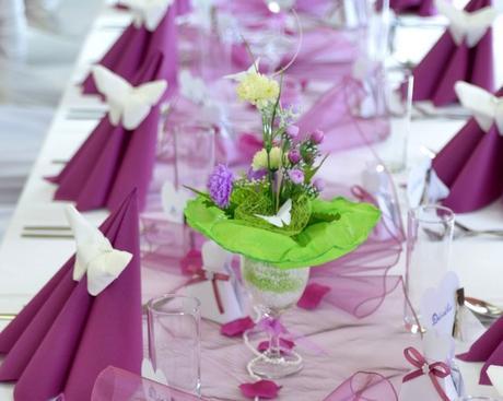 kytice s vazickami z poharov,