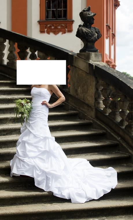 Saténové svatební šaty s vlečkou vel. 36-42, 38
