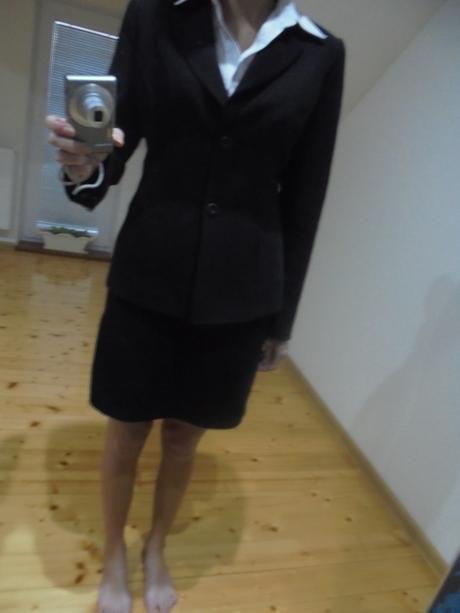 dámsky kostým, 36