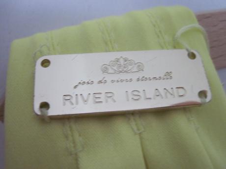 Saténové šaty River Island, 38
