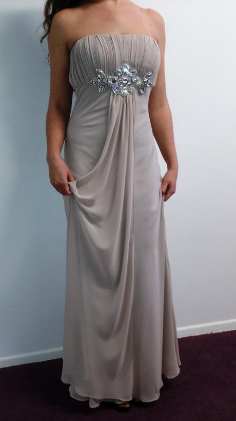 Šifónové nenosené šaty, 40