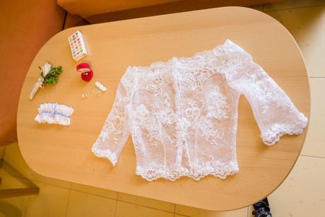 Originálne svadobné šaty podľa vlastného návrhu, 36