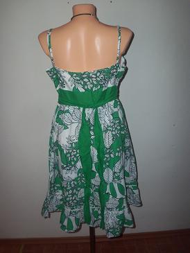 nádherné šaty, 40
