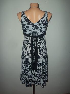 nádherné šaty, S