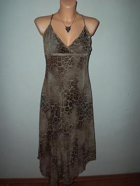 šaty, M