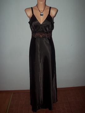 spoločenské šaty, M