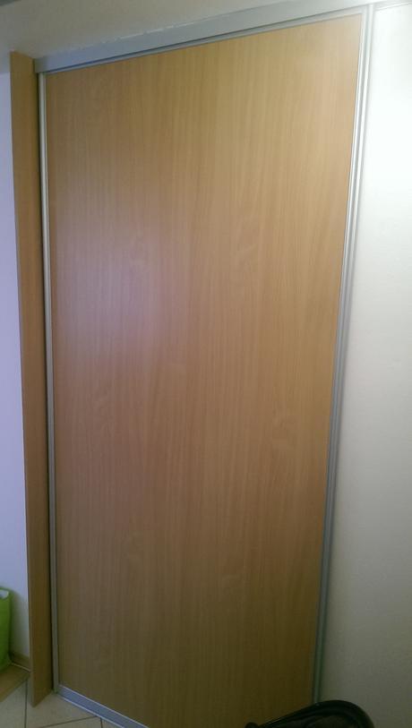 Posuvné dvere na vstavanú skriňu rolldoor,