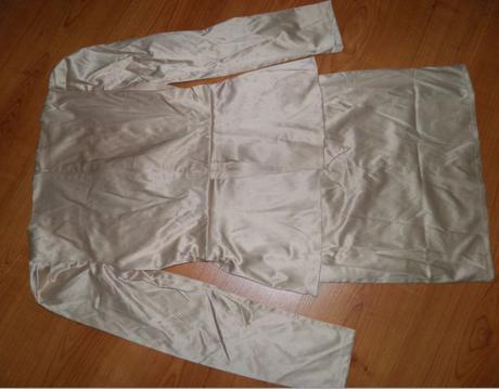 Kostýmové šaty, 36