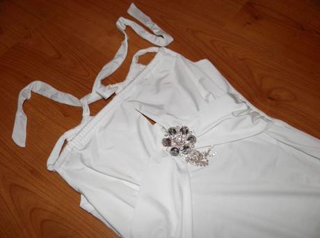 Veľmi sexi letné šaty zn. Redial - Pozri detail -, 34