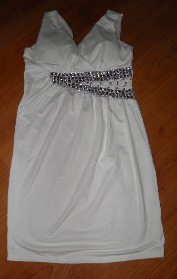 vynikajúce šaty , 36
