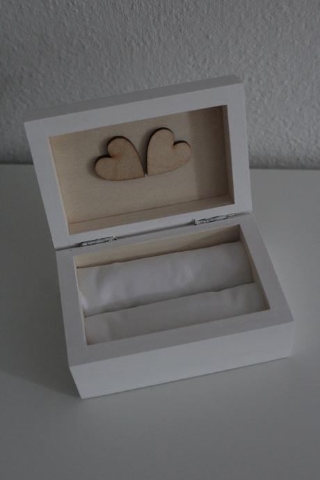 Krabicka na svadobné obrúčky,