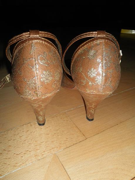 Topánky spoločenské-cena s poštou, 39