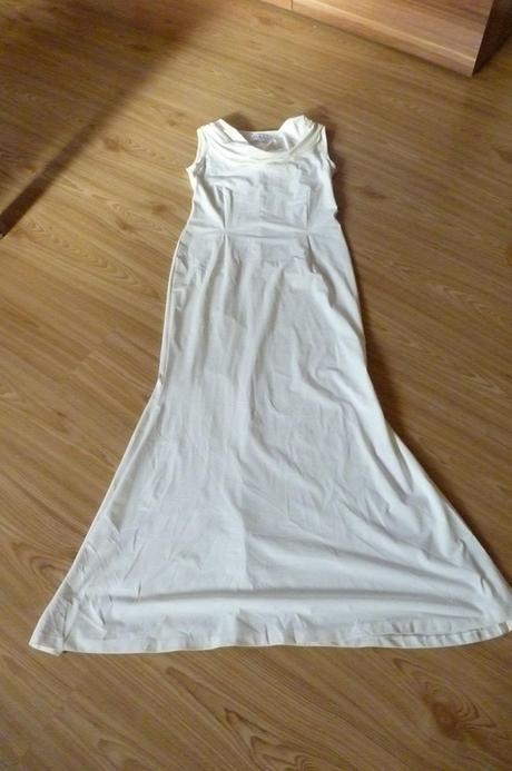 elastické šaty, 40
