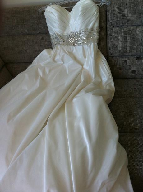Svadobné šaty Allure Bridals - S, 36