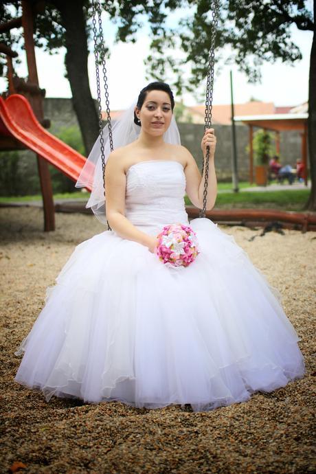 Svadobné šaty + závoj, spodnička, bolerko , 40