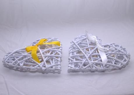 Pletené srdiečka z papierových ruličiek,