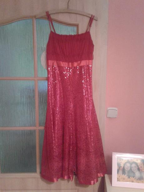 Červené společenské šaty s flitry, velikost 36, 34