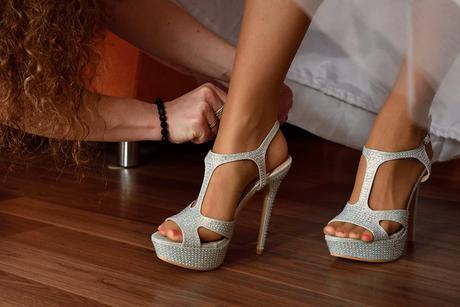 stříbrné vysoké sandálky, 39