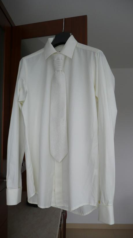 Košile s regatou, 40