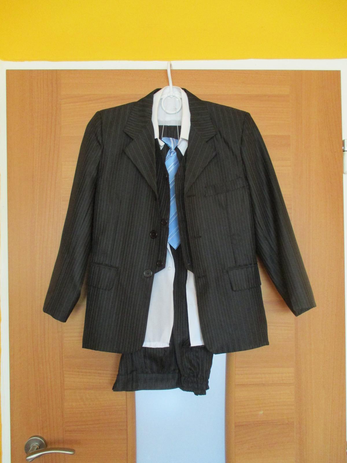 f62d0b69511 Chlapecký společenský oblek