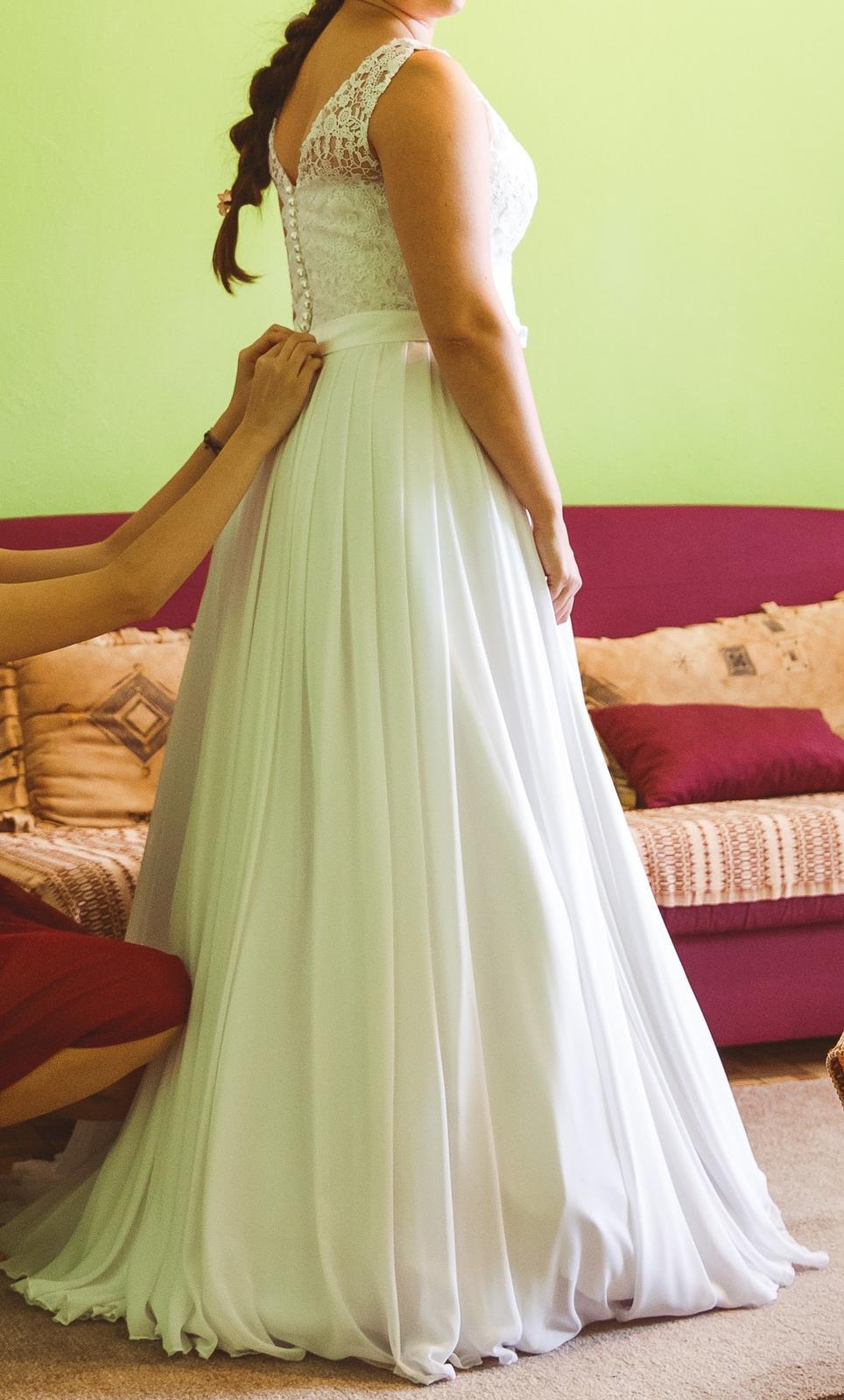 Svadobné šaty s čipkou a šifónovou sukňou 2a49df6a2d1