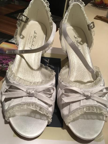 Topánočky pre nevestu, 39