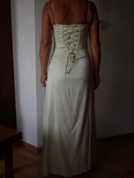 Bledo zelené šaty, 38