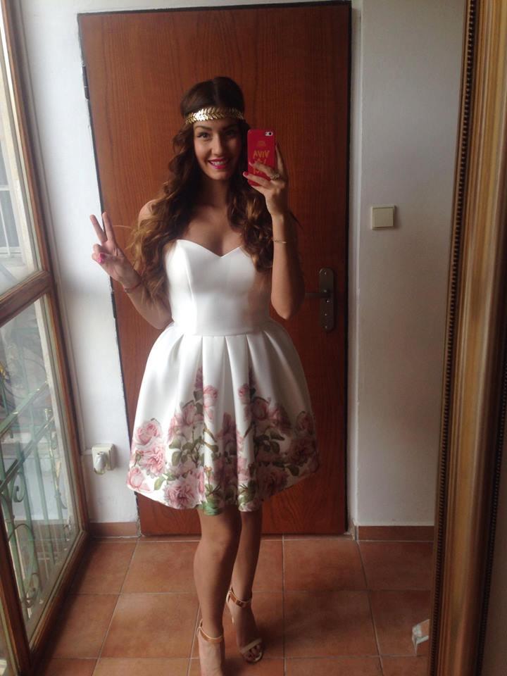 Spoločenské šaty s kvetmi d9660c6bc41