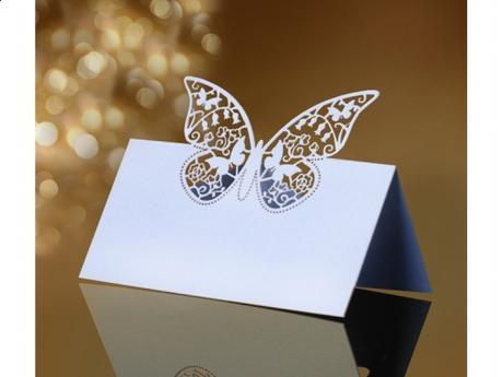 Menovky na stôl motýľ,