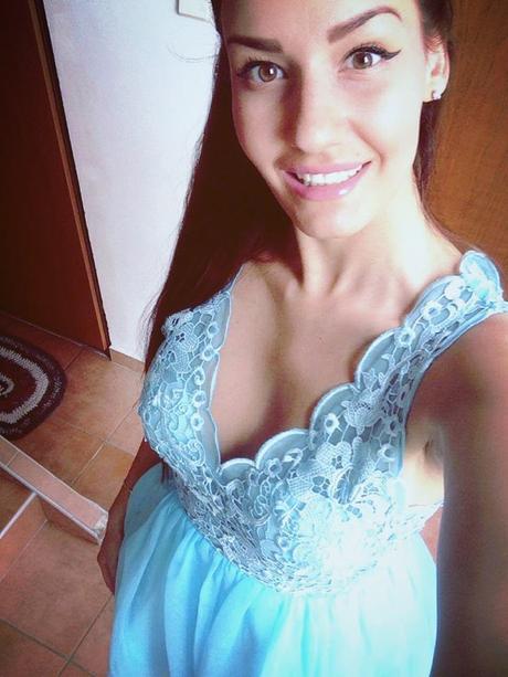Modré spoločenské šaty, S