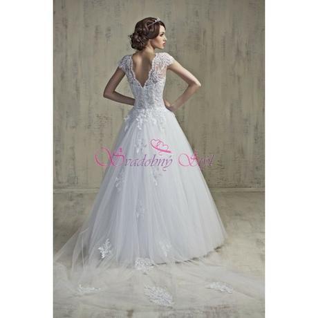 Svadobné šaty- ihneď k odberu , 36