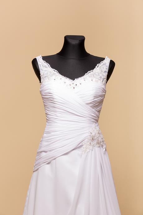 Svadobné šaty Michelle, 38