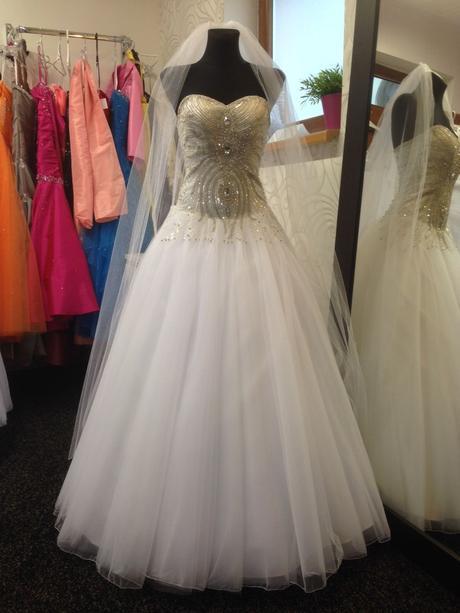 Svadobné šaty Šeherezáda, 36