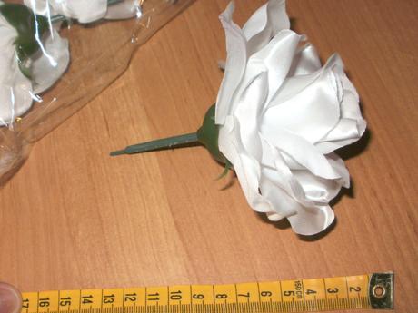 satenove velke ruže 12ks,