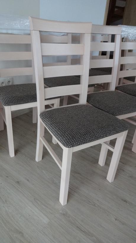 Nepoužité jídelní židle 6 ks česká výroba,