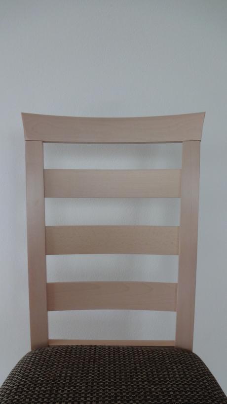 Nepoužité jídelní židle - prodej kusově,