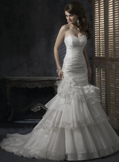 Svadobné šaty Maggie Sottero - model Destiny, 36