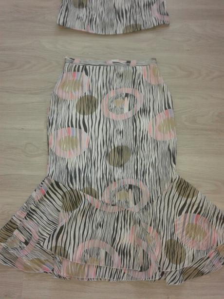 letny suknovy kostym cena s poštou, 44