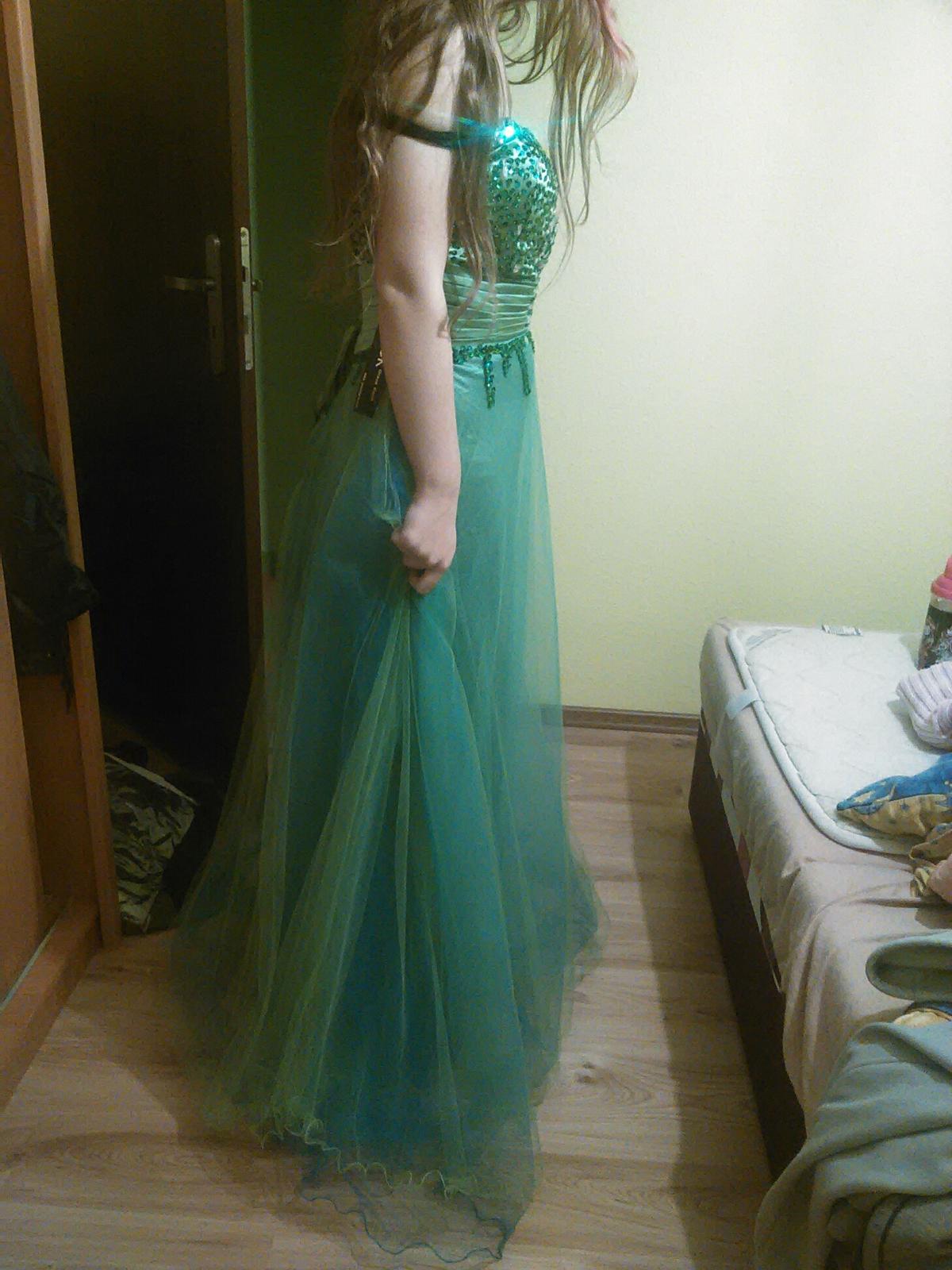 7f7e605a0e4 Spoločenské šaty grace karin