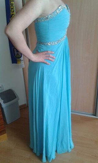 Dlhé šaty blankytnej- modrej farby., 40
