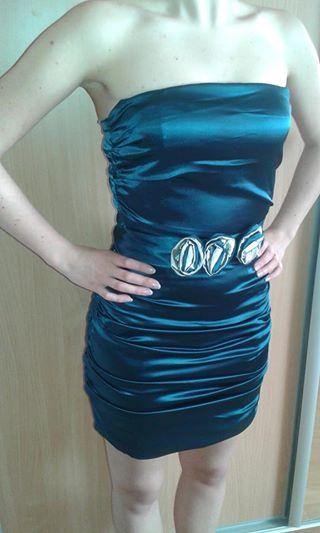 Krátke šaty v šalviovej farbe., 36
