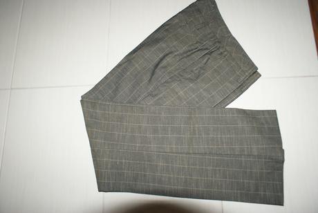 Elegantne sive nohavice s bledsim pruzkom - Orsay, 36