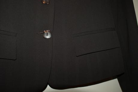 Kvalitny cokoladovy nohavicovy kostym, top stav, 36