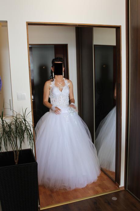 čipkovano-kvietkovane šaty, 36