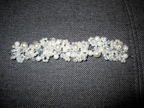 Exkluzivní spona do vlasů s umělými perlami,