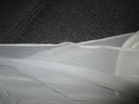 Popůlnoční šaty s tylem, 40