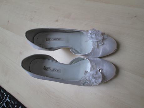 Svatební boty s umělými kamínky, 37